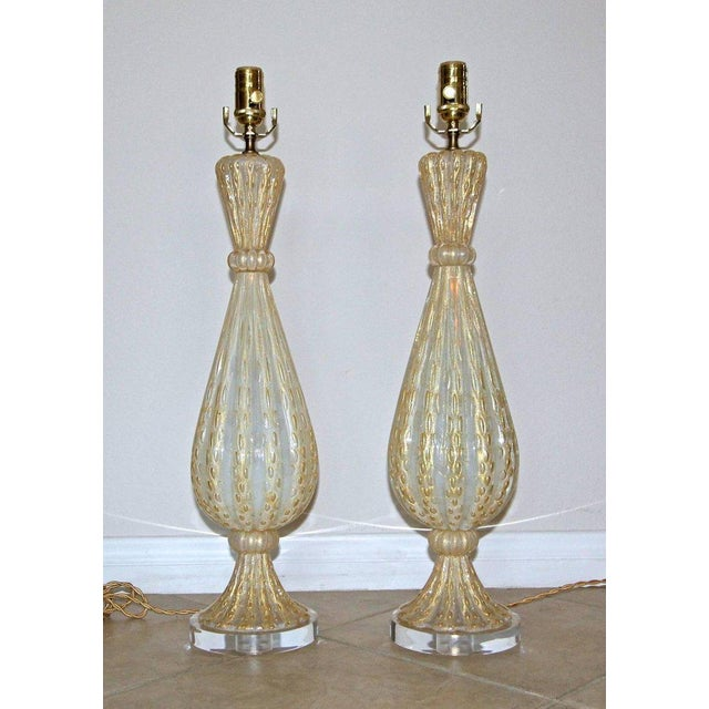 Contemporary 1950s Italian Arovier E Toso Gold Opalescent Murano Table Lamps - a Pair For Sale - Image 3 of 13