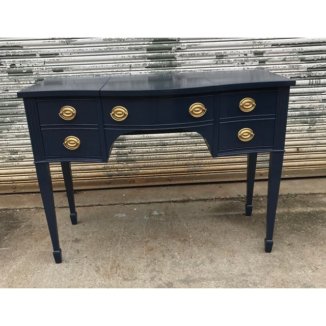 1960s Vintage Hepplewhite Navy Blue Vanity For Sale - Image 5 of 5