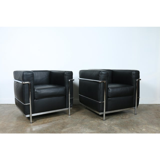 Bauhaus Le Corbusier Style Black Leather Club Chairs - A Pair For Sale - Image 3 of 11