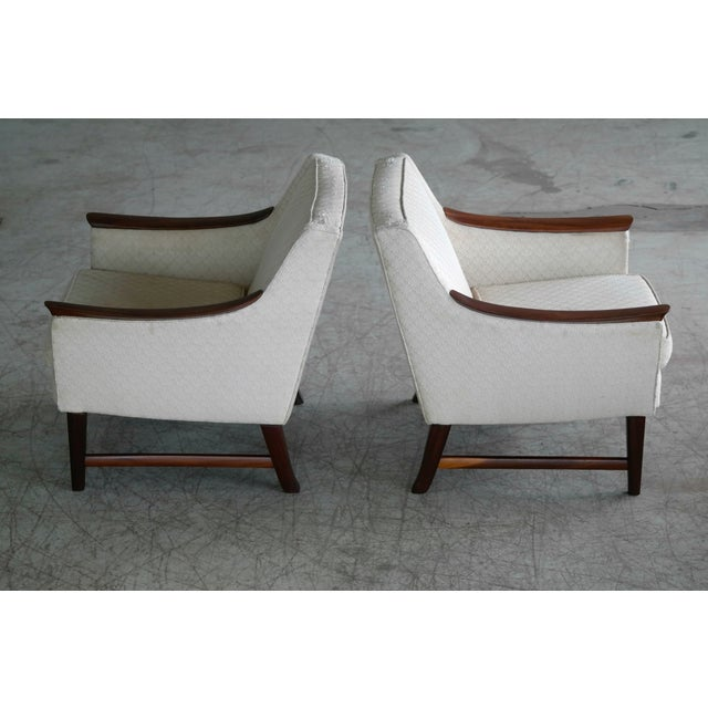 White Danish Midcentury Pair of Lounge Chairs in Walnut in the Style of Ole Wanscher For Sale - Image 8 of 10