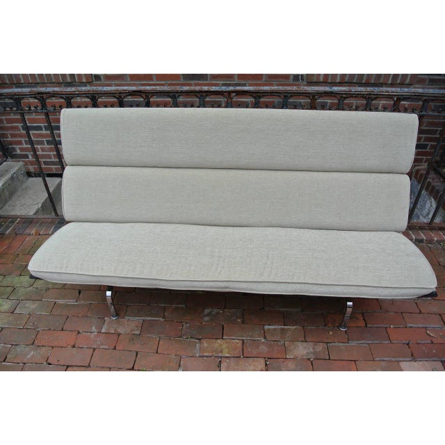 Mid 20th Century Charles Eames Compact Sofa for Herman Miller For Sale - Image 5 of 9