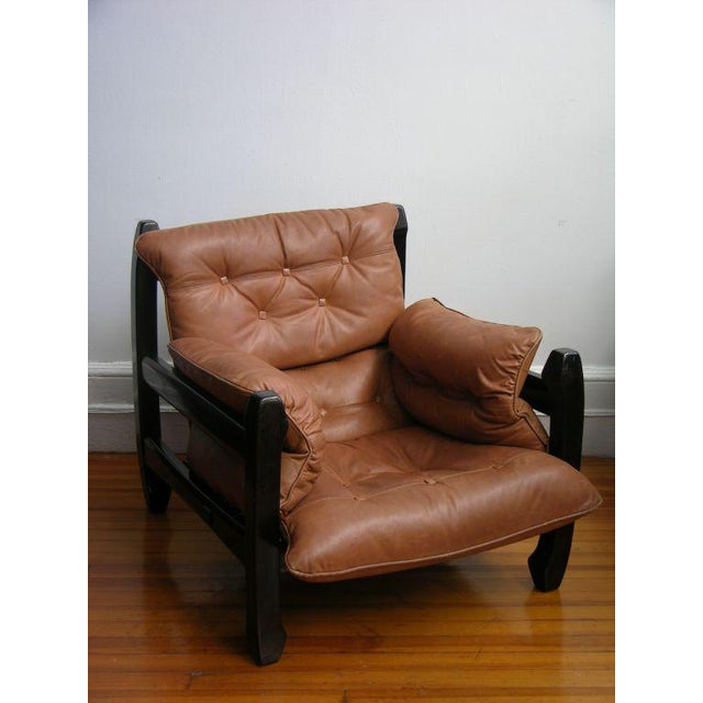 Mid-Century Modern Luciano Frigerio 1970s Italian Mahogany Tan Leather Lounge Armchair & Ottoman For Sale - Image 3 of 10