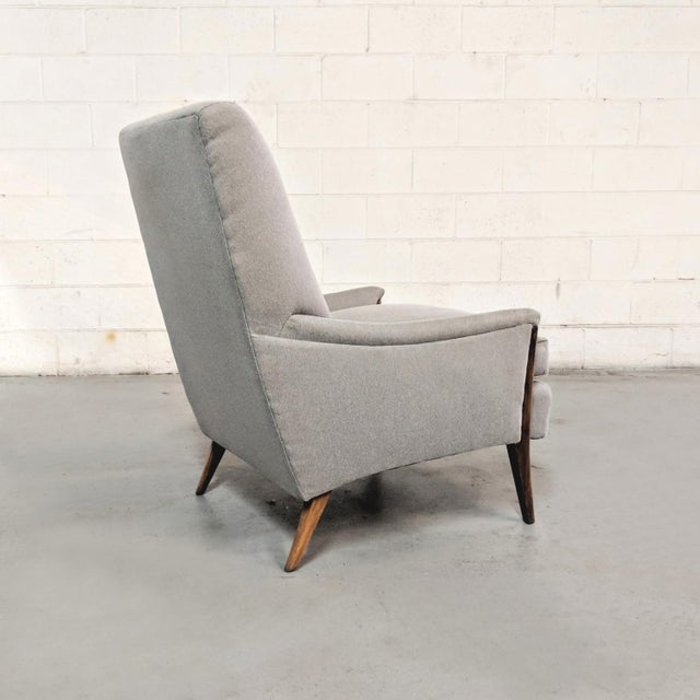Brown Kroehler Mid-Century Modern Gray Wool Walnut Lounge Chairs - a Pair For Sale - Image 8 of 13