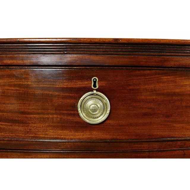 Traditional George III Mahogany Chest of Drawers For Sale - Image 3 of 8