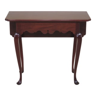 1970s Traditional Kittinger Dropside Colonial Williamsburg Mahogany End Table For Sale