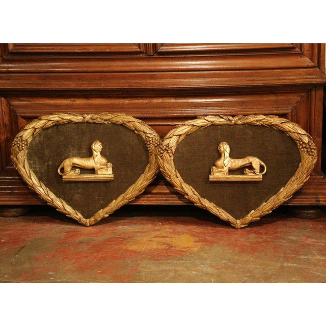 Brown Pair of 19th Century French Empire Carved Wall Plaques With Sphinx Sculptures For Sale - Image 8 of 8