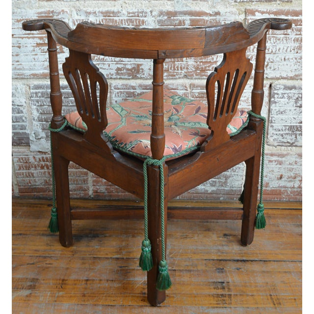Early 19th Century 19th Century Carved Elm Corner Chair For Sale - Image 5 of 13