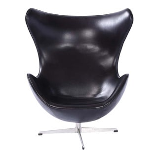 First Edition 1959 Arne Jacobsen Egg Chair For Sale