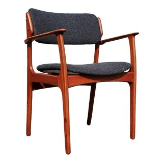 An Erik Buch Danish Mid-Century Modern Dining Chair Model 49 For Sale