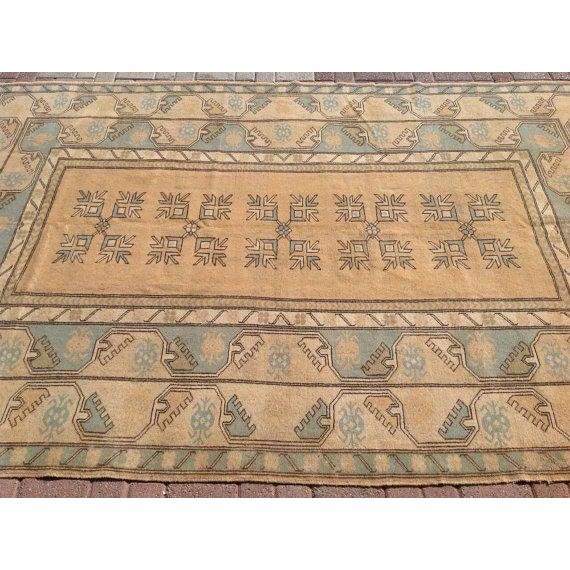 "Vintage Anatolian Rug - 6'7"" x 10' For Sale - Image 4 of 6"