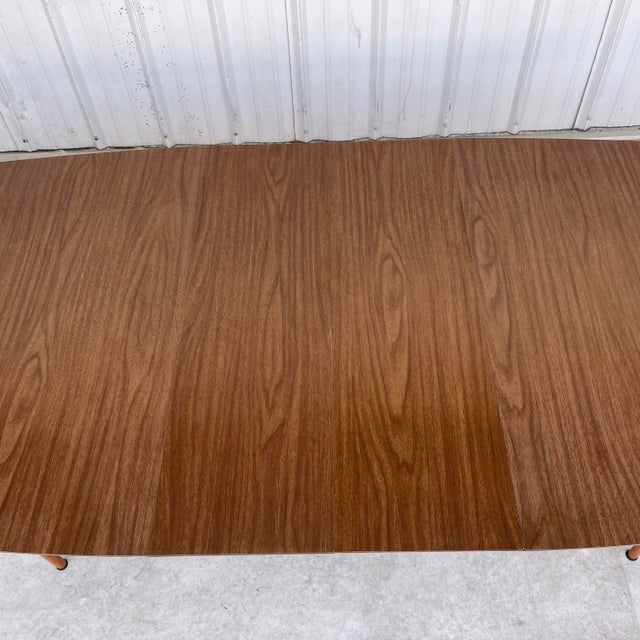 Mid-Century Dining Table With Two Leaves For Sale In New York - Image 6 of 13