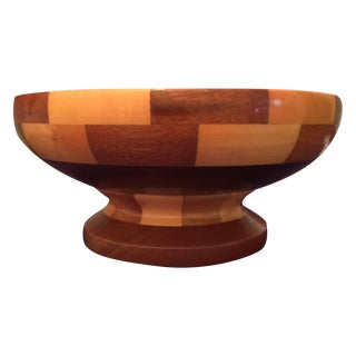 Well-Crafted Patterned Wooden Bowl For Sale