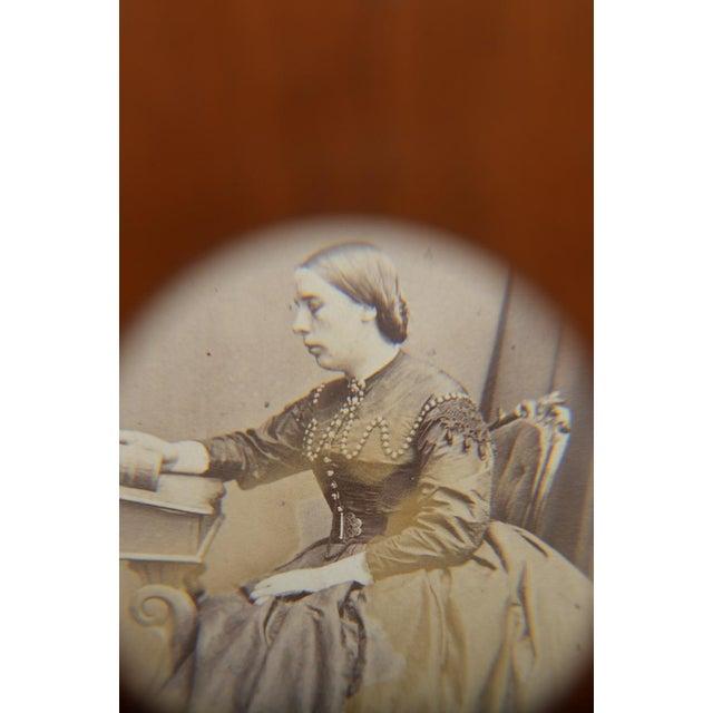 Wood Victorian Pocket Size CDV Card De Visite Viewer For Sale - Image 7 of 9