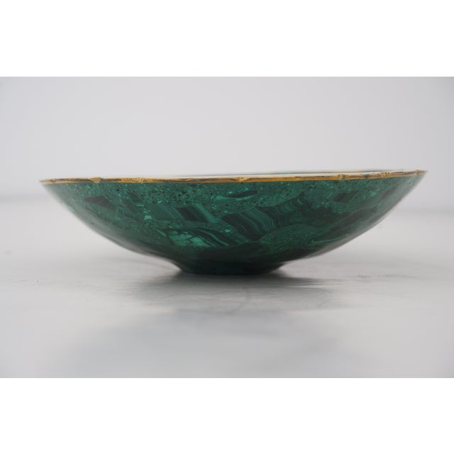 Late 20th Century Vintage Oval Malachite Dish With Scalloped Brass Rim For Sale - Image 5 of 10