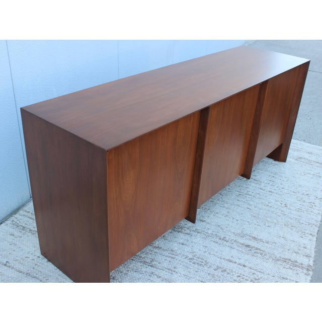 Wood Robsjohn-Gibbings Modernist Walnut Credenza For Sale - Image 7 of 13