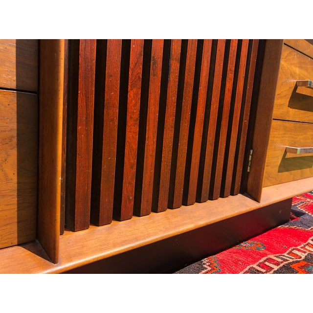 1970s Mid Century Lane 'Tower Collection' Rosewood Credenza For Sale - Image 9 of 13