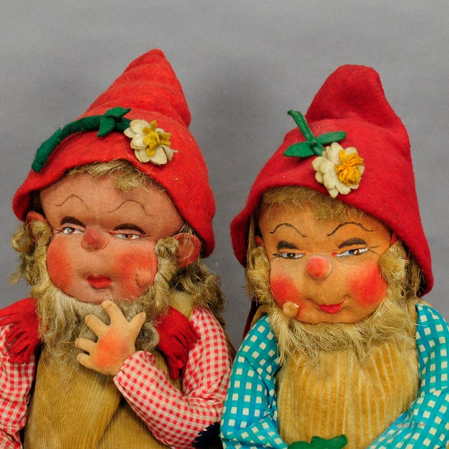 Figurative A Pair Of Whimsical Handmade Felt Gnomes, Germany Ca. 1930 For Sale - Image 3 of 9