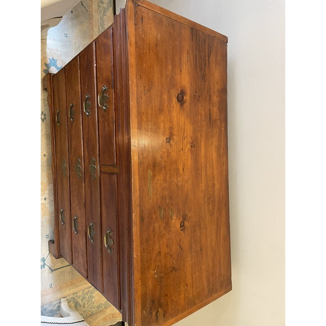 Antique Chippendale Chest or Drawers For Sale - Image 4 of 8