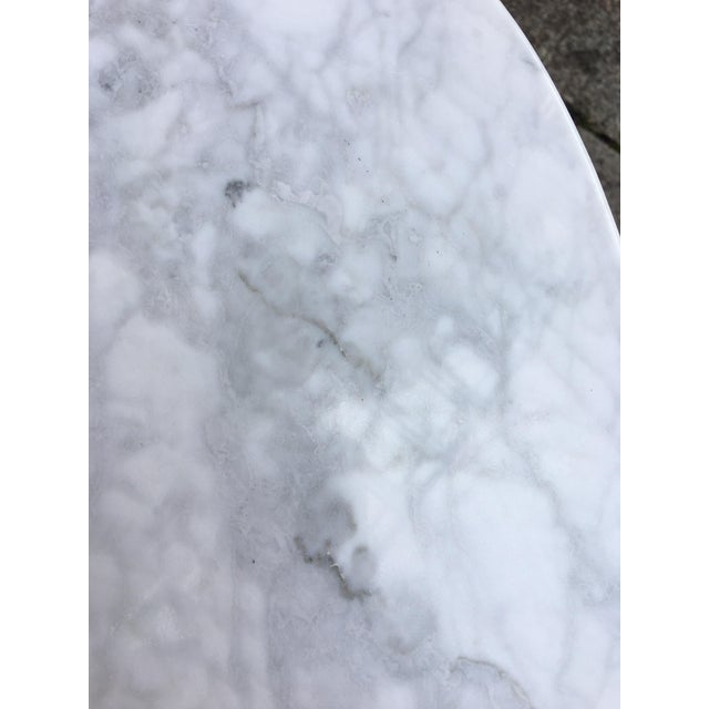 Mid-Century Modern Saarinen for Knoll Oval Marble Side Table For Sale - Image 3 of 7