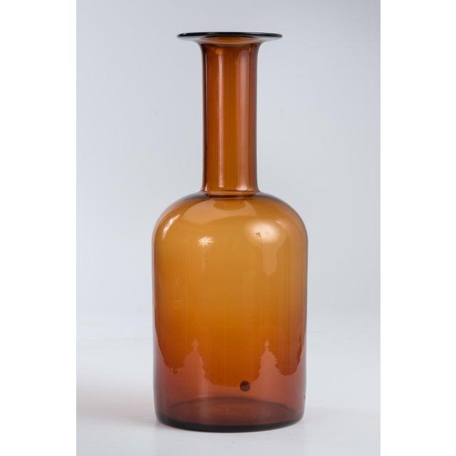 """Holmegaard 20"""" Otto Brauer Gulvvase Floor Vase Kastrup Holmegaard Denmark Brown Amber Glass Vase Marked 1960s For Sale - Image 4 of 13"""
