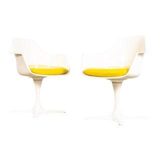Vintage Mid Century Saarinen Style Burke Tulip Arm Chairs For Sale