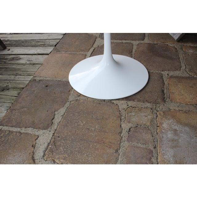 Knoll Saarinen White Tulip Table - Image 4 of 4