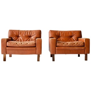 Pair of Low and Wide Danish Leather Lounge Chairs For Sale
