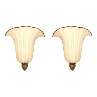 "Italian 1940s Style Murano ""Gabbiani"" Gold Dusted Glass Wall Sconces - a Pair For Sale"
