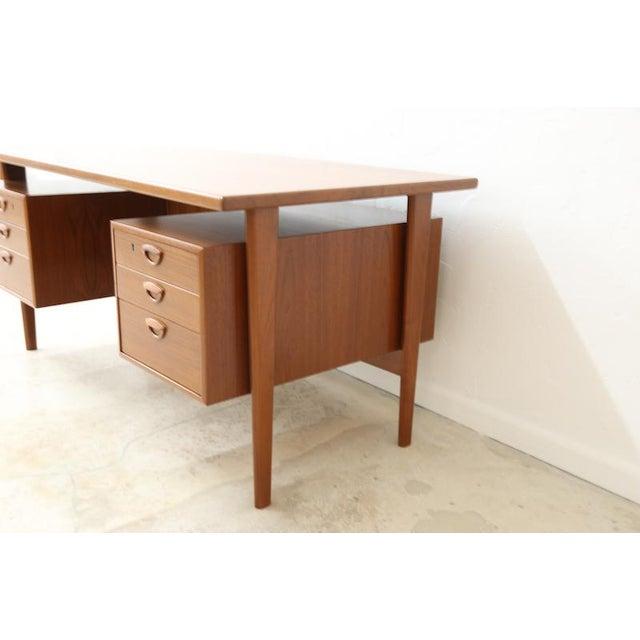 Danish Modern Danish Executive Floating Drawer Desk by Kai Kristiansen For Sale - Image 3 of 5