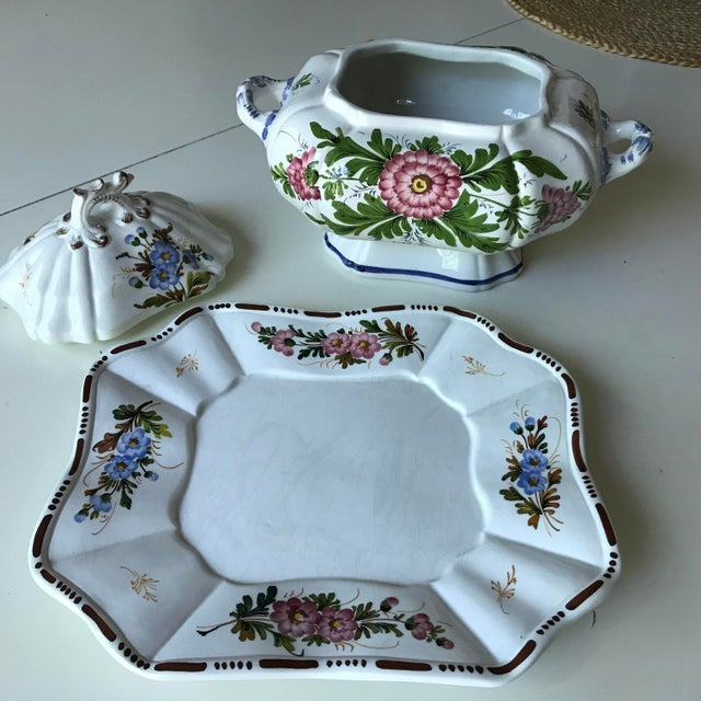 1980s Petite Floral Porcelain Soup Tureen & Tray For Sale - Image 5 of 13