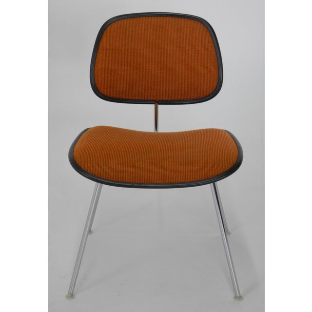 Mid-Century Modern Mid-Century Modern Eames for Herman Miller Padded DCM Chair For Sale - Image 3 of 7