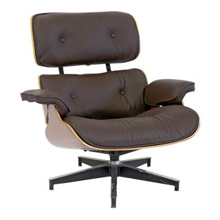 JFK Concorde Room Original Eames 670 Lounge Chair For Sale