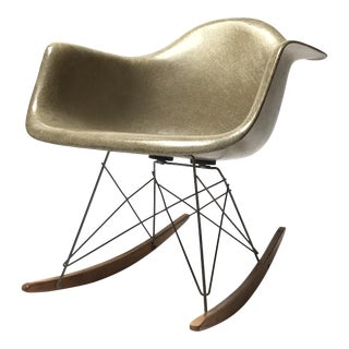 Vintage Eames 1st Generation Rar Rocking Chair For Sale