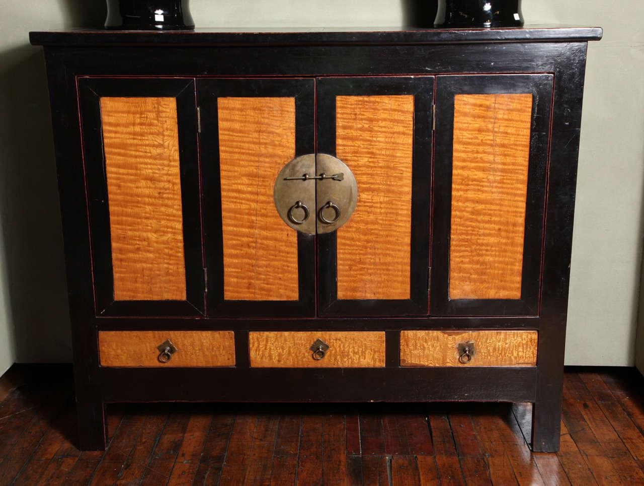Late Qing Dynasty Black Lacquer And Burl Wood Cabinet With Accordion Doors    Image 2 Of