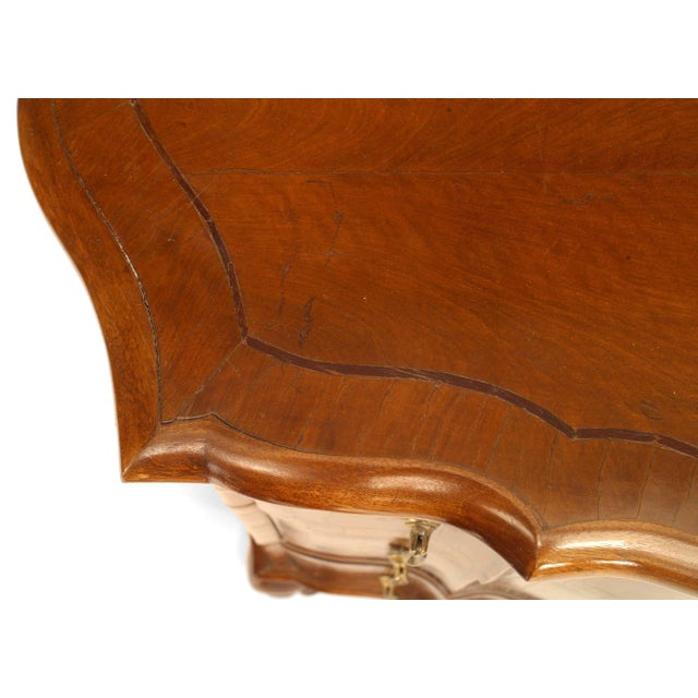 Mid 19th Century Pair of Italian Venetian Shaped Bedside Commodes For Sale - Image 5 of 7