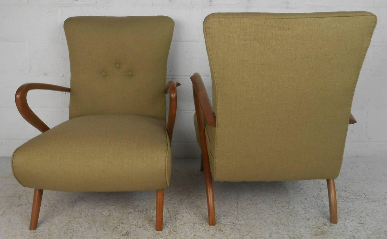 Italian Italian Modern Sculptural Lounge Chairs Paolo Buffa Style  A Pair  For Sale   Image