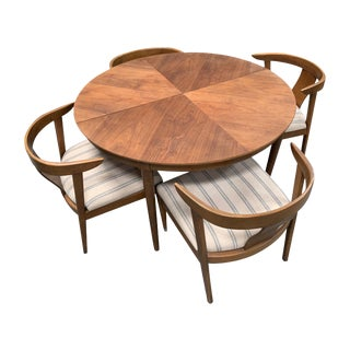Mid-Century Modern b.p. John Dining Set - 5 Pieces For Sale