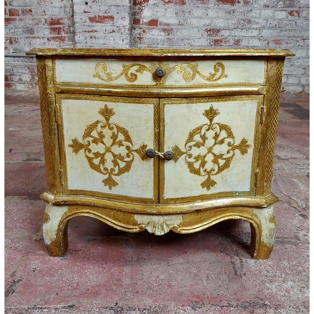1920s Antique Italian Florentine Small Gilt-Wood Commodes -A Pair For Sale - Image 5 of 10