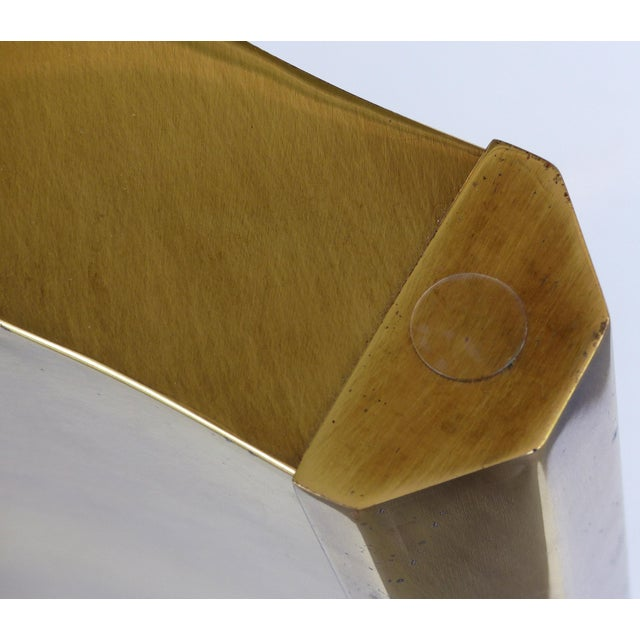 "1970s Mastercraft Double Pedestal Brass ""Trilobi"" Dining Table With Ogee Beveled Glass For Sale - Image 5 of 13"