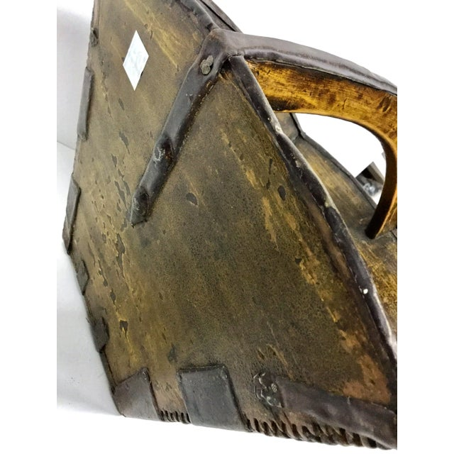 Late 20th Century 20th Century Chinese Wood & Metal Rice Bucket For Sale - Image 5 of 11