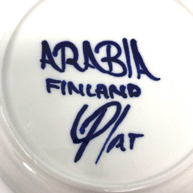 1960s Scandinavian Modern Ulla Procope for Arabia of Finland Valencia Cup and Saucer - 2 Pieces For Sale - Image 12 of 13