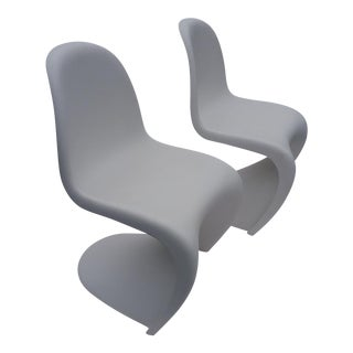 Vitra Verner Panton 'S' White Matte Chairs- a Pair For Sale