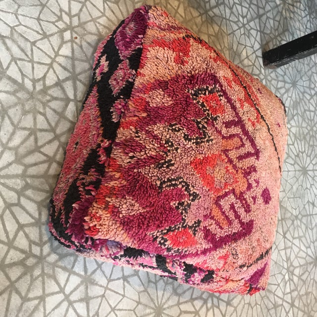 2010s Vintage Moroccan Pink Wool Pouf For Sale - Image 5 of 7