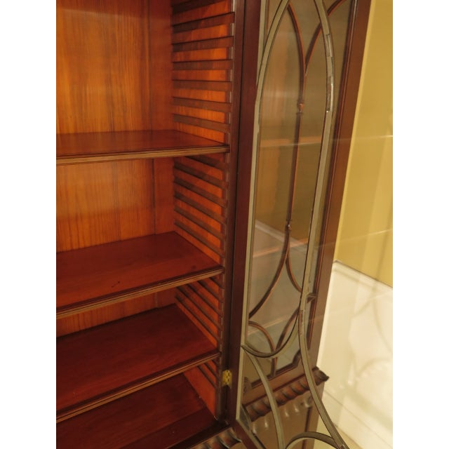 Kittinger Colonial Williamsburg Model CW-38 Mahogany Breakfront Bookcase For Sale - Image 5 of 11