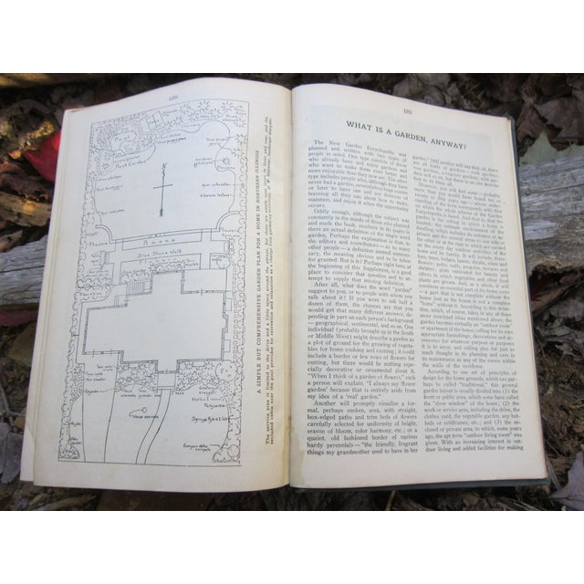 1940s 1940s Vintage New Garden Encyclopedia Book For Sale - Image 5 of 12