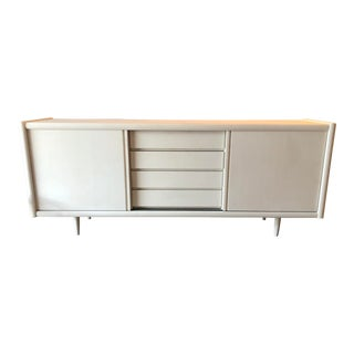 Mid-Century Modern White Teak Credenza Buffet Media Cabinet For Sale