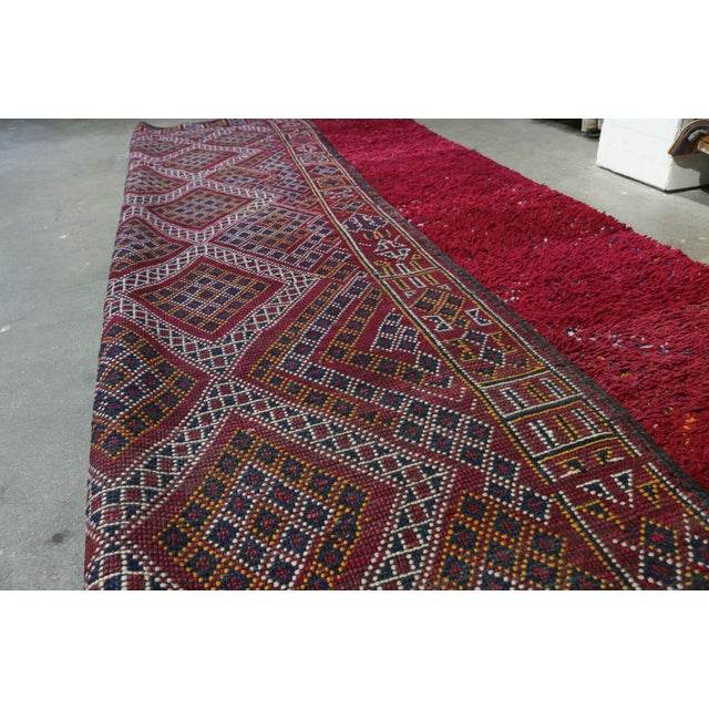 Hand Knotted Reversible Geometric Moroccan Rug - 6' X10' For Sale - Image 4 of 5