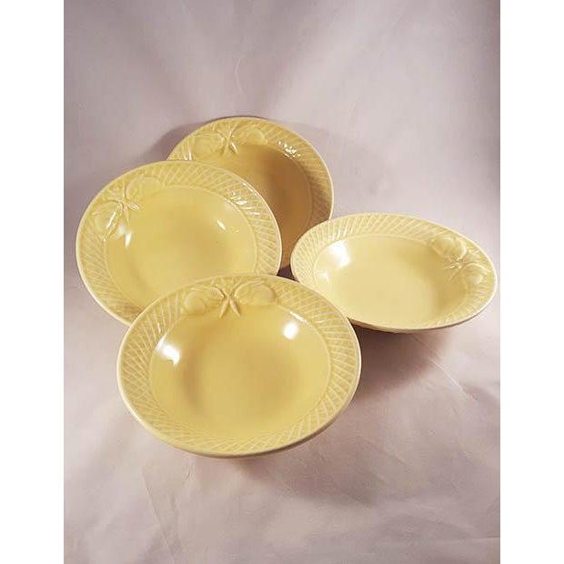 Cottage 19th Century Mid-Century Modern Bordallo Penheiro Majolica Yellow Rabbit Bowls - Set of 4 For Sale - Image 3 of 6