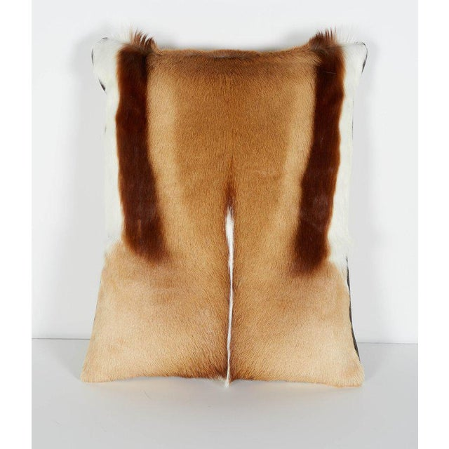 African Pair of Luxury Fur Throw Pillows in Exotic African Springbok For Sale - Image 3 of 8