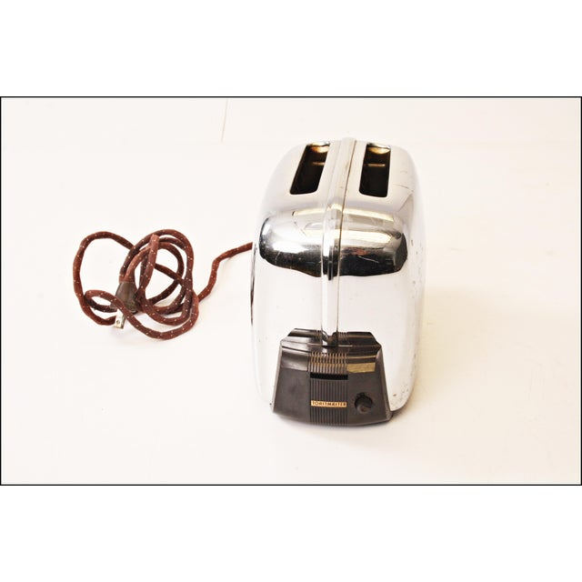 Vintage Chrome Toastmaster Toaster with Bakelite Handles - Image 5 of 10